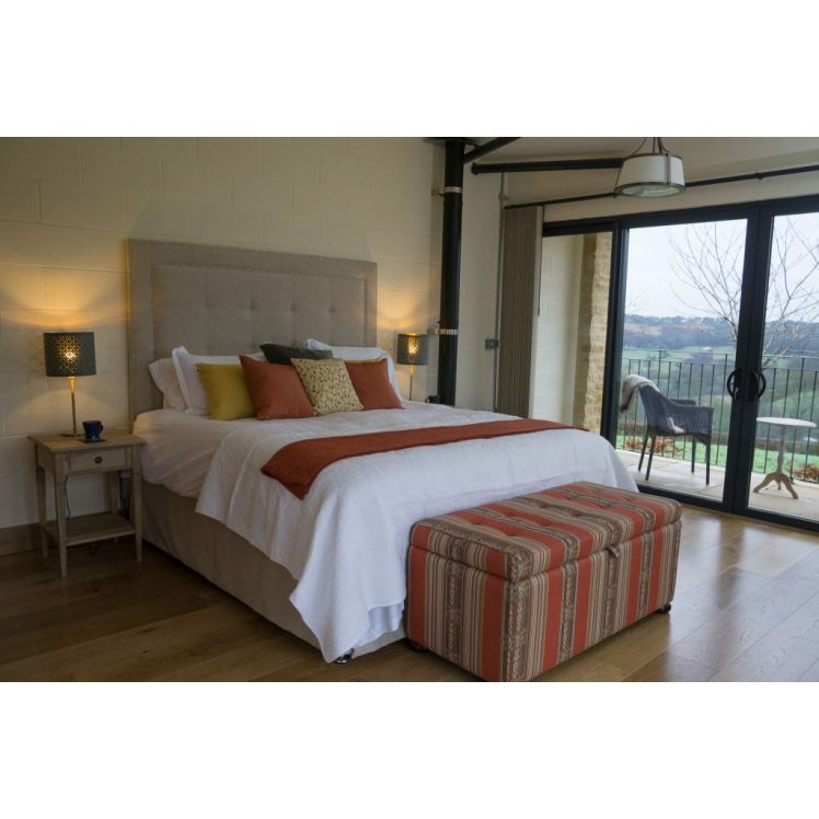 Vineyard Barn Guest Rooms Weekend packages