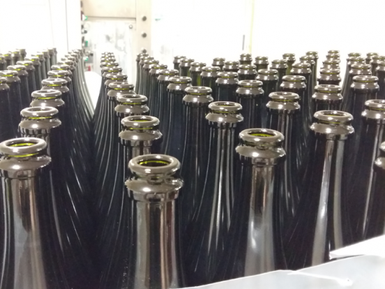 Sparkling wine bottling